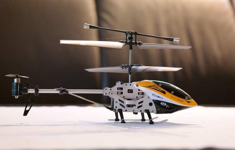 5 सबसे अच्छे रिमोट कंट्रोल हेलीकॉप्टर ड्रोन प्राइस लिस्ट